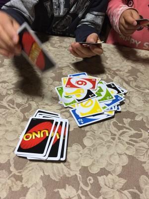 子ども向けゲームを大人が遊ぶ