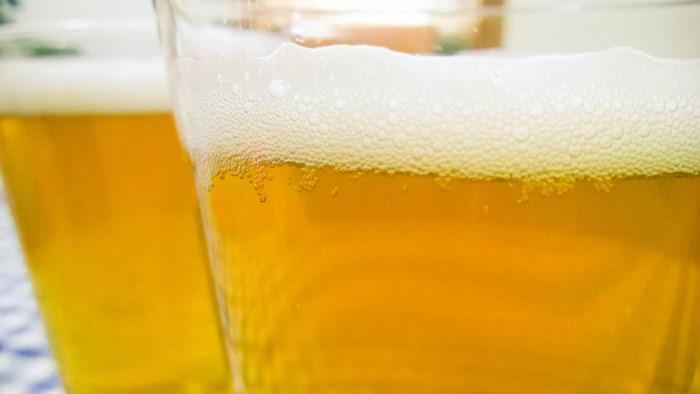 グラスでビールの味が!?