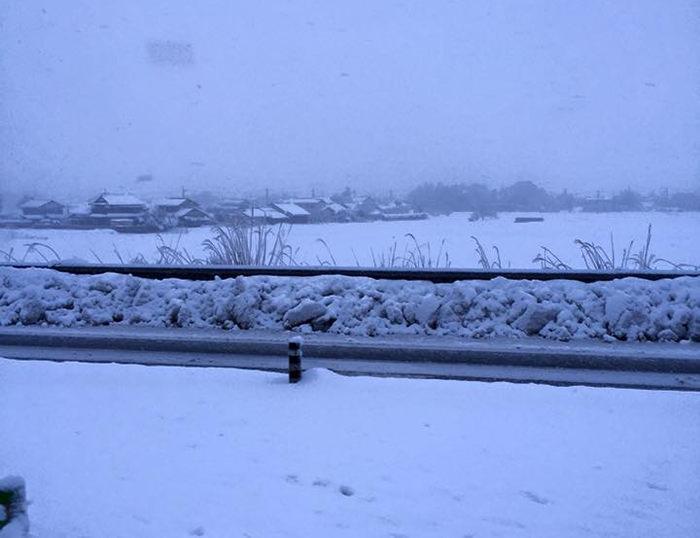 山陰地方の雪がヤバくて立ち往生