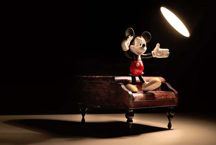 子どもはなぜミッキーマウスを好きになるのか?
